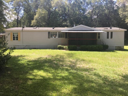 Manufactured Home w/Real Prop - Morriston, FL (photo 1)