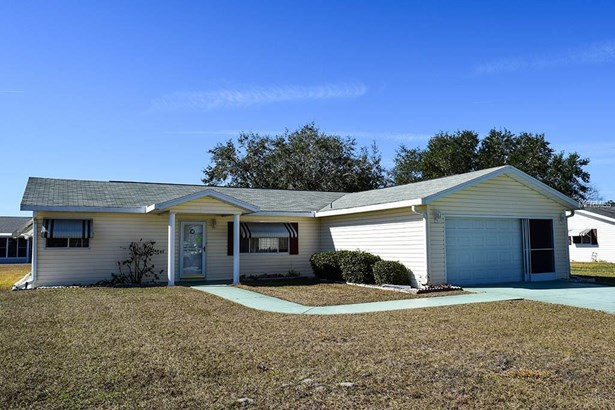 Single Family Home, Ranch,Traditional - SUMMERFIELD, FL (photo 1)