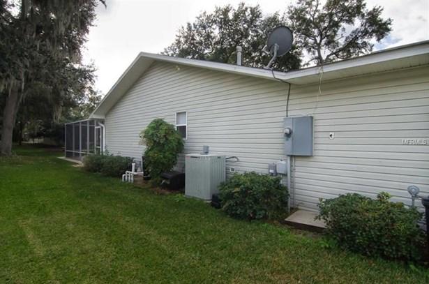 Single Family Home, Traditional - LADY LAKE, FL (photo 4)