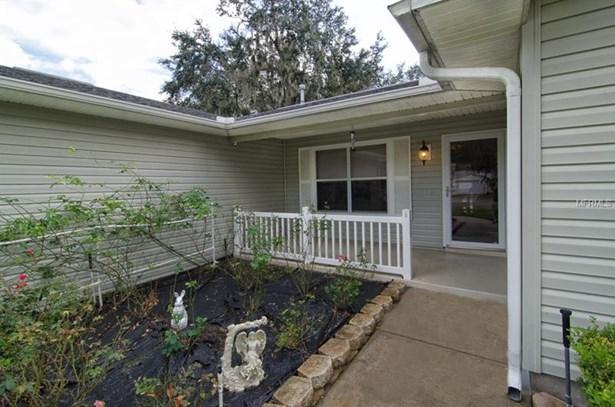 Single Family Home, Traditional - LADY LAKE, FL (photo 5)