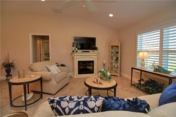 Single Family Home, Spanish/Mediterranean - OXFORD, FL (photo 4)