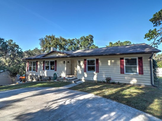 Single Family Waterfront - Weirsdale, FL (photo 2)