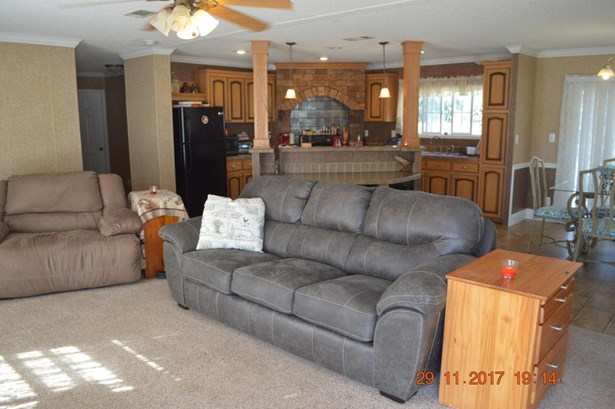 Manufactured Home w/Real Prop - Citra, FL (photo 1)