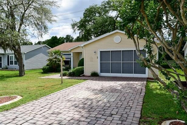 Single Family Residence - THE VILLAGES, FL