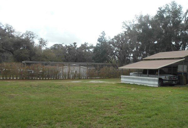 Manufactured Home w/Real Prop - Ocklawaha, FL (photo 2)
