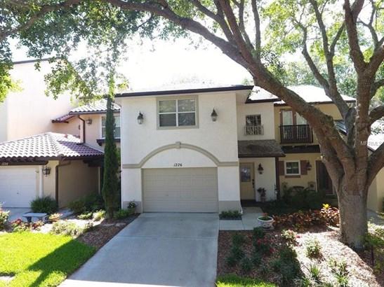 Courtyard,Villa, Condo - LADY LAKE, FL (photo 1)