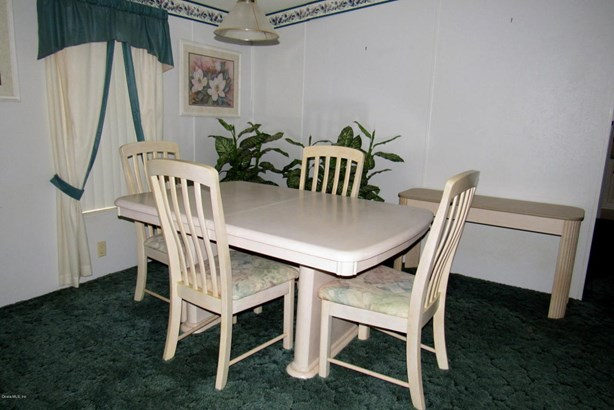 Manufactured Home w/Real Prop - Silver Springs, FL (photo 5)
