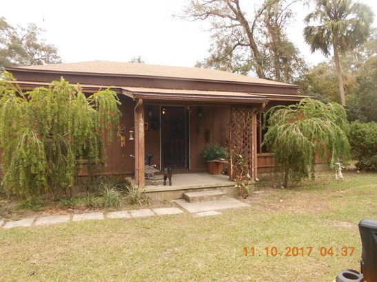 Single Family Acreage - Fort McCoy, FL
