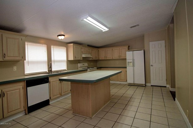 Manufactured Home w/Real Prop - Reddick, FL (photo 3)