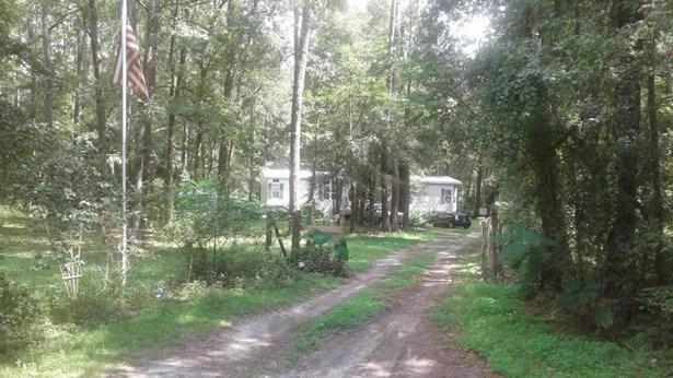 Manufactured Home w/Real Prop - Reddick, FL (photo 1)