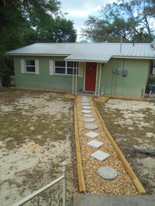 Single Family Waterfront - Fort McCoy, FL (photo 2)