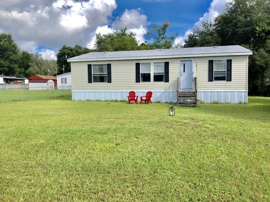 Manufactured Home w/Real Prop - Ocklawaha, FL
