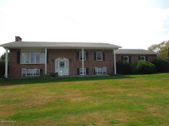 2240 8th St Dr, Watsontown, PA - USA (photo 2)