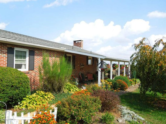 2240 8th St Dr, Watsontown, PA - USA (photo 5)