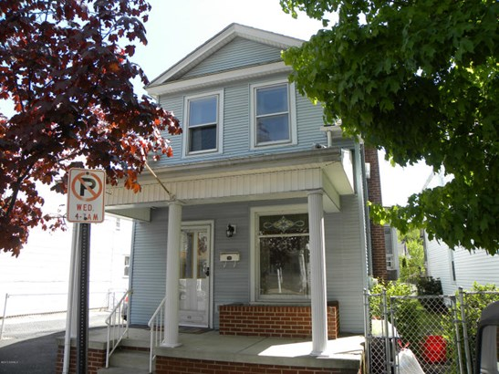 425 Shamokin Street, Shamokin, PA - USA (photo 1)