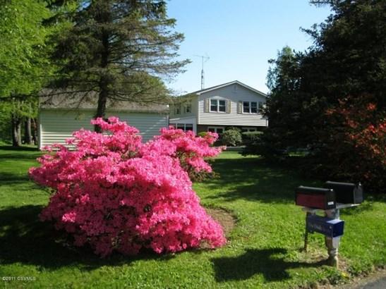 2067 Pleasant View Rd, New Columbia, PA - USA (photo 4)