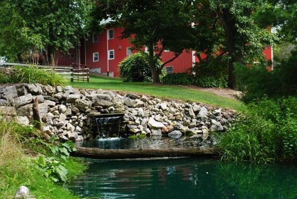2519 Middle Creek , Selinsgrove, PA - USA (photo 1)