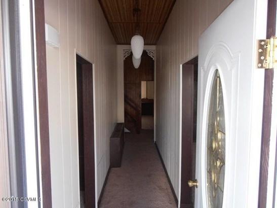 Front door & Foyer (photo 5)
