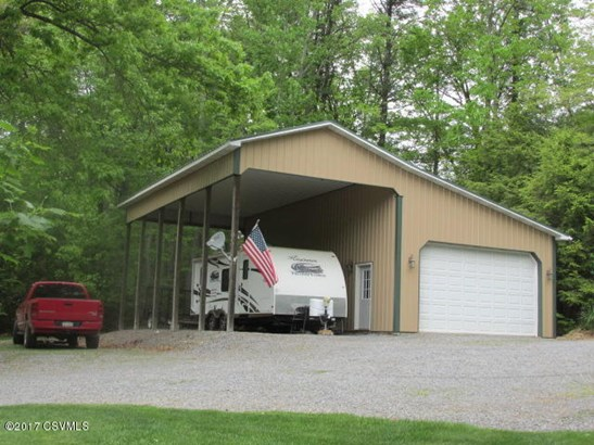22 x 40 Barn/Garage/Workshop w/16 x 40 covered RV/boat port with full hookups (photo 5)