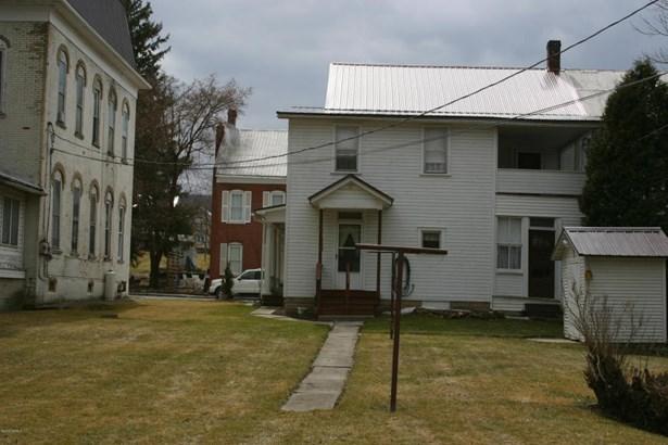 916 Center Ave, Beaver Springs, PA - USA (photo 2)