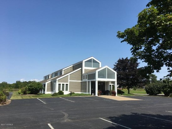 80 Medical Park ******** Dr, Lewisburg, PA - USA (photo 2)