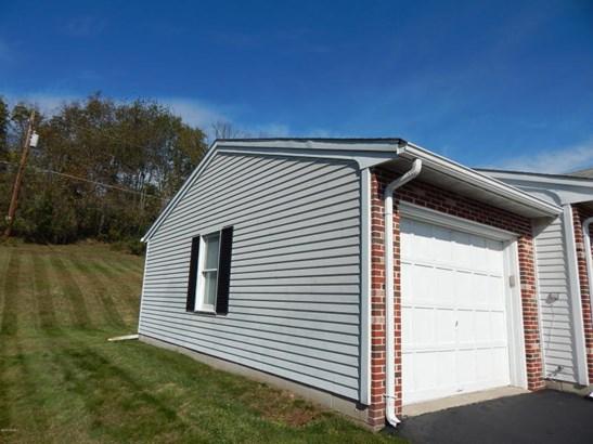 1 car garage (photo 4)