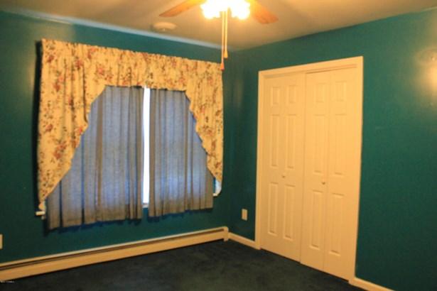 Bedroom #1 (photo 4)