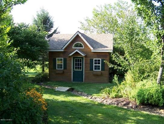 Garden shed-cedar siding (photo 5)