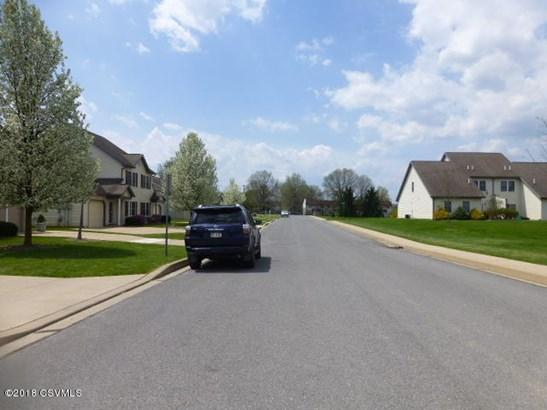 813 Edison Avenue, Lewisburg, PA - USA (photo 5)