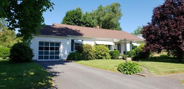 206 Charles Avenue, Selinsgrove, PA - USA (photo 1)