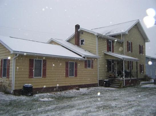 935 Center Ave, Beaver Springs, PA - USA (photo 5)