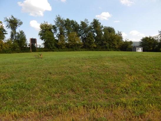 401 Sandy ******** Circle, Milton, PA - USA (photo 1)