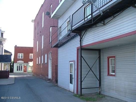 126-130 Main St, Watsontown, PA - USA (photo 4)