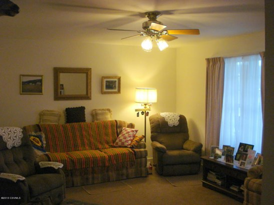 Living Room, as viewed from Hallway (photo 5)