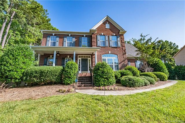 Transitional, 2 Story - Mount Holly, NC