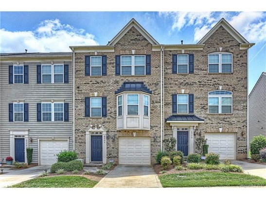 Transitional, 3 Story - Charlotte, NC (photo 1)