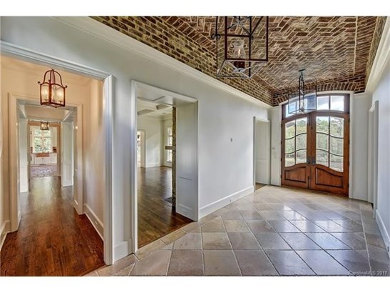 1.5 Story/Basement, French Provincial - Charlotte, NC (photo 4)