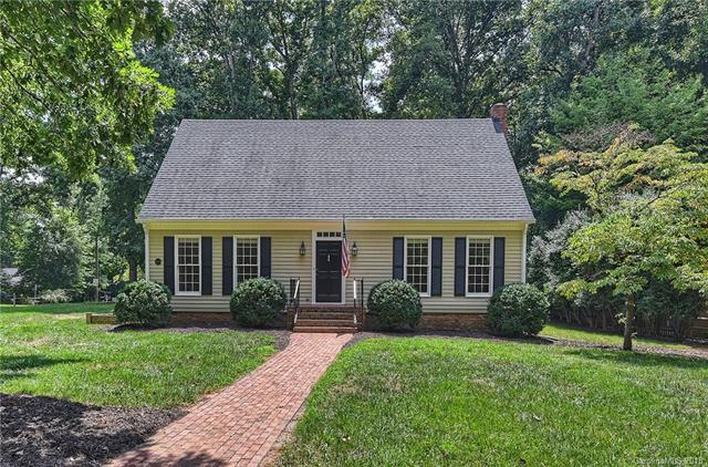 1.5 Story, Traditional,Williamsburg - Charlotte, NC