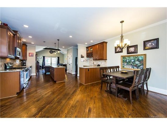 1 Story, Cottage/Bungalow - Charlotte, NC (photo 5)