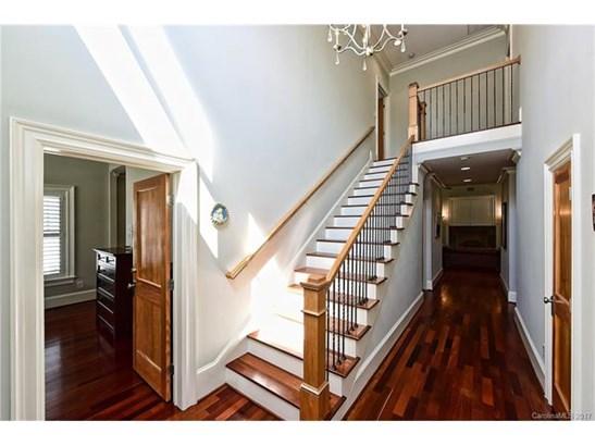 1.5 Story/Basement, Cottage/Bungalow - Charlotte, NC (photo 3)