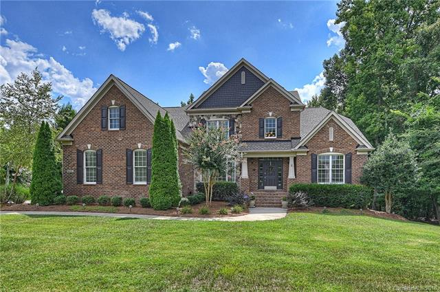 Transitional, 2 Story/Basement - Marvin, NC