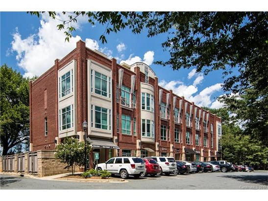 Mid-Rise, Contemporary - Charlotte, NC (photo 2)