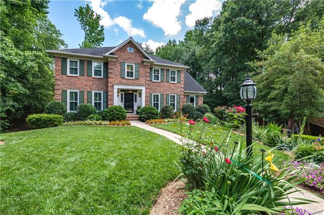 2 Story/Basement, Traditional - Charlotte, NC