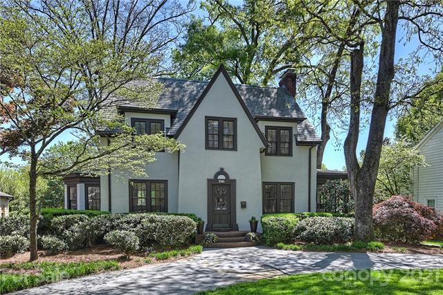 Tudor, 2 Story/Basement - Charlotte, NC