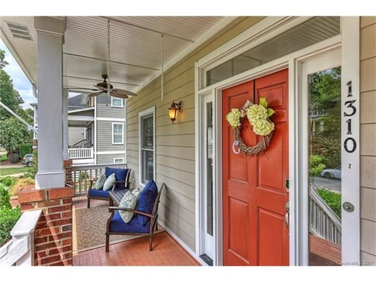 Cottage/Bungalow, 2 Story - Charlotte, NC (photo 2)