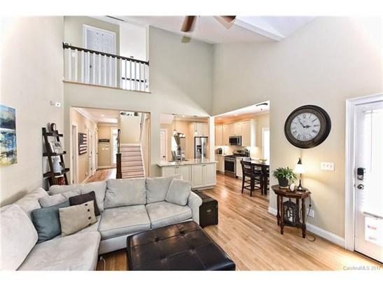 Cottage/Bungalow, 2 Story - Charlotte, NC (photo 5)