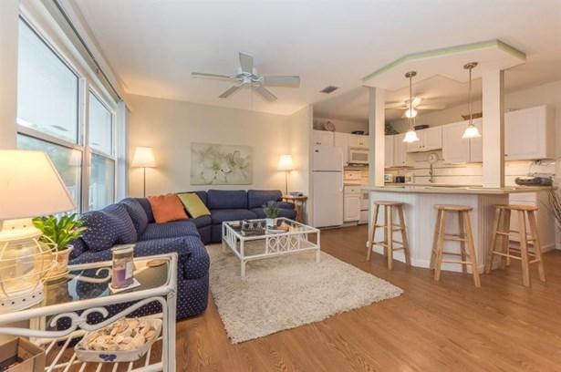 Attached Home - Stuart, FL