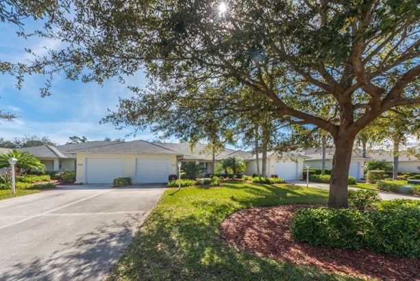 Attached Home - Sebastian, FL