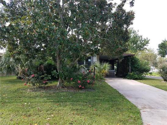 Detached Home - Barefoot Bay, FL (photo 1)