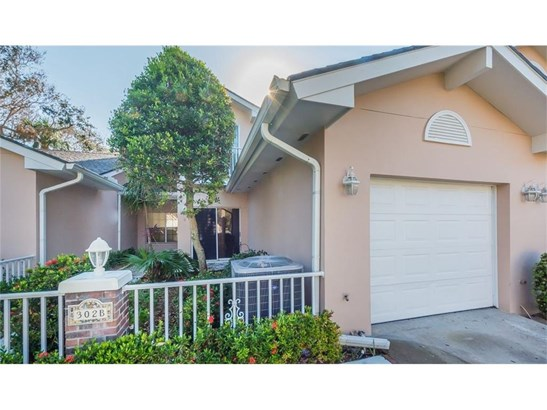 Attached Home - Indian River Shores, FL (photo 1)